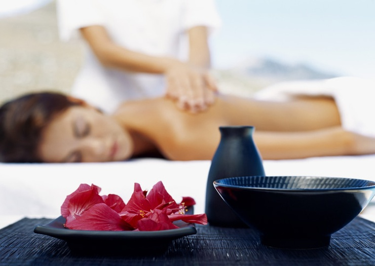 Relaxing Massages  Art Hotel Commercianti Bologna